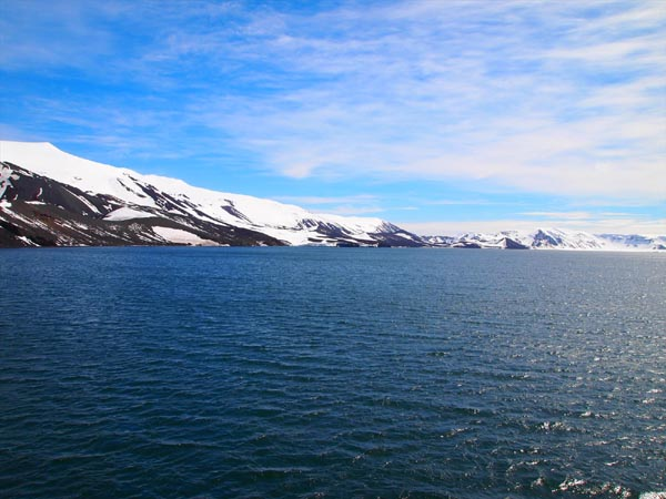 ウエッデル海、南極半島&サウスシェットランド諸島クルーズ
